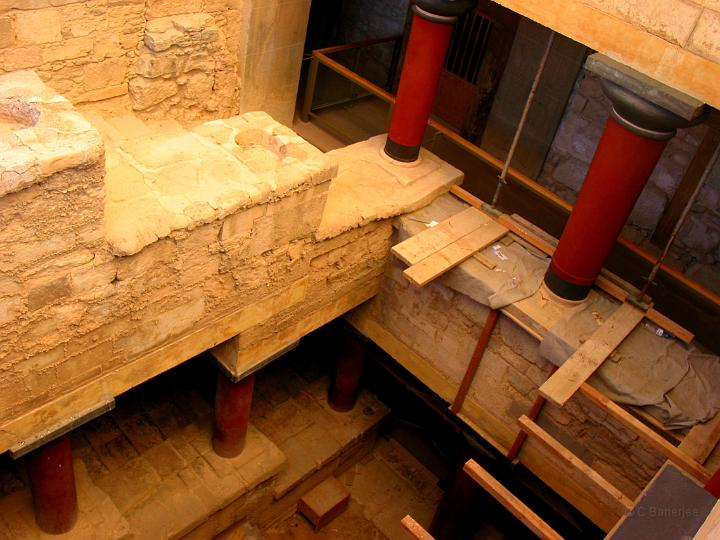 grand-staircase-knossos-palace
