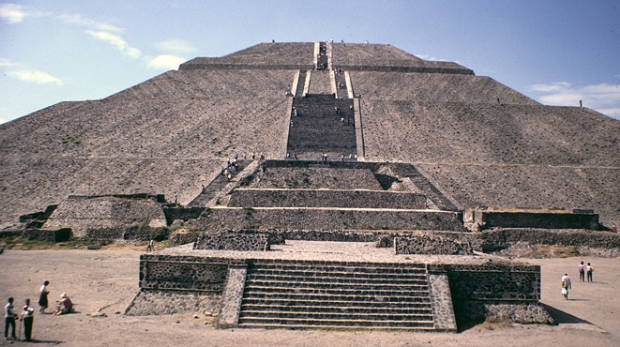 pyramid-of-the-sun