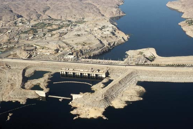 aswan high dam The most famous of the monuments affected by the aswan high dam project was the temple complex on the island of philae sacred to the goddess isis, the sanctuary.
