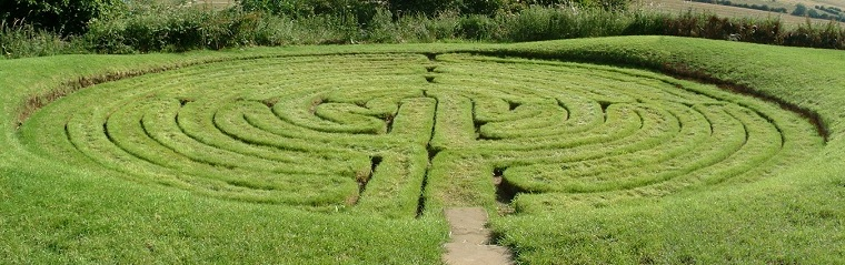 julians-bower-turf-maze