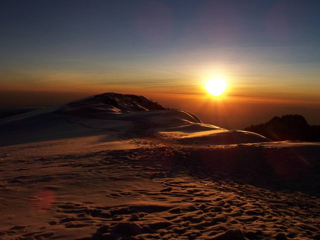 sunrise-at-kilimanjaro