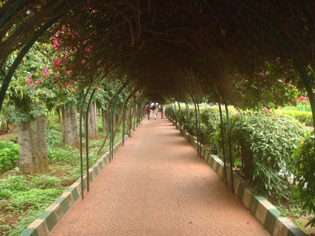 lal-bagh-entrance
