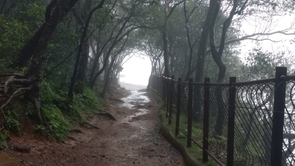 honeymoon-point-matheran